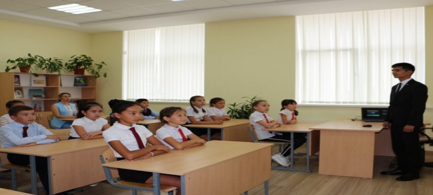 A TEACHER FROM TURKMENISTAN HAS STARTED TO TEACH IN THE SCHOOL NAMED AFTER MAKHTUMKULI IN THE ASTRAKHAN REGION